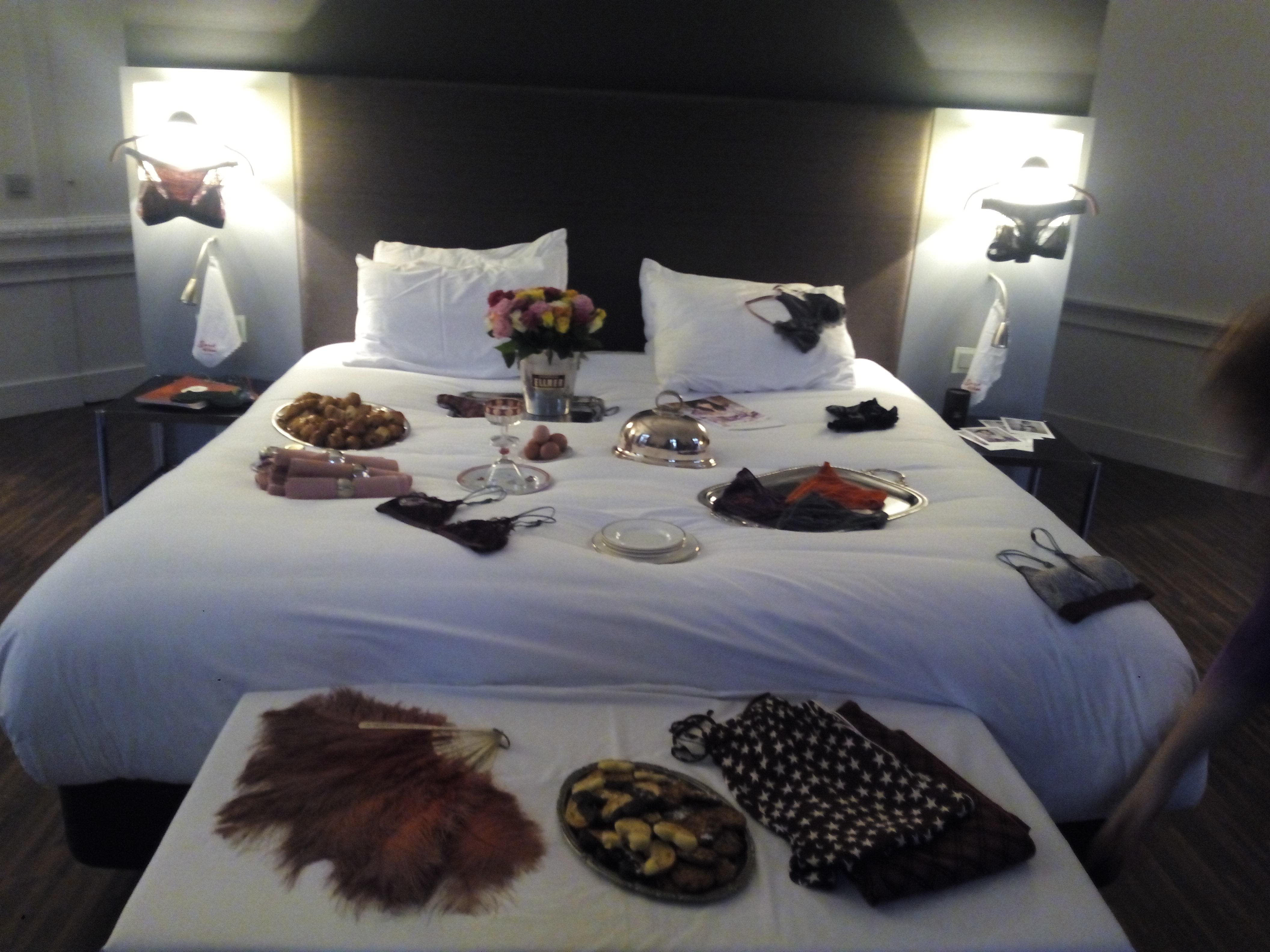 Love Stories – Breakfast in bed